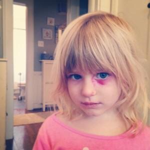 ruth makeup